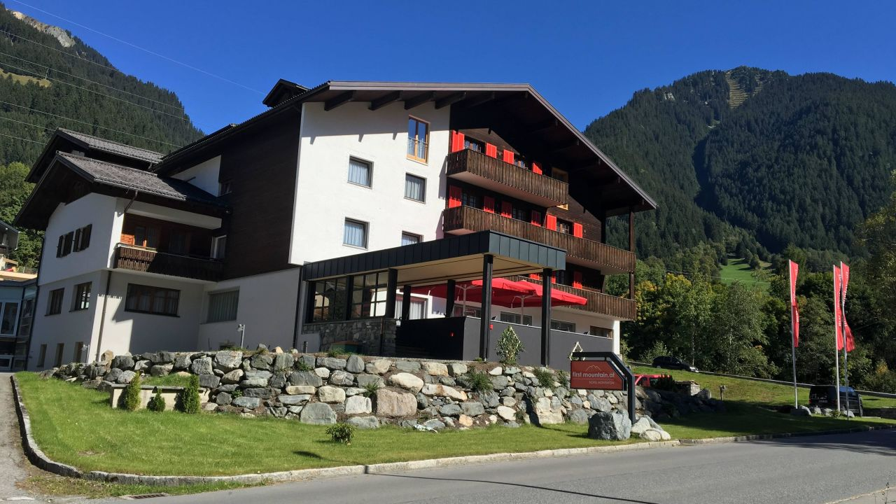 first mountain hotel montafon in gaschurn holidaycheck vorarlberg sterreich. Black Bedroom Furniture Sets. Home Design Ideas
