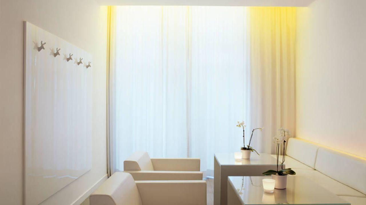 hotel the pure in frankfurt am main holidaycheck hessen deutschland. Black Bedroom Furniture Sets. Home Design Ideas