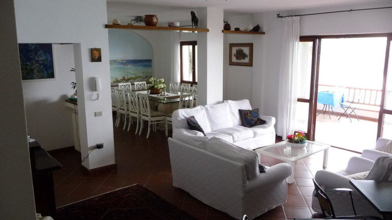 Casa La Terrazza di Lilli (Santa Teresa Gallura) • HolidayCheck ...