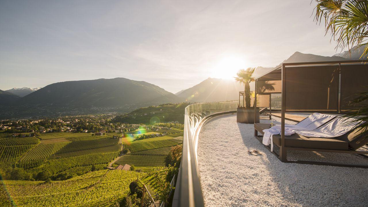 Hotel Eschenlohe Scena Schenna Holidaycheck Sudtirol Italien