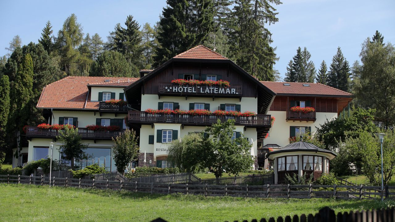 Hotel latemar renon ritten holidaycheck s dtirol for Hotel autriche tyrol avec piscine