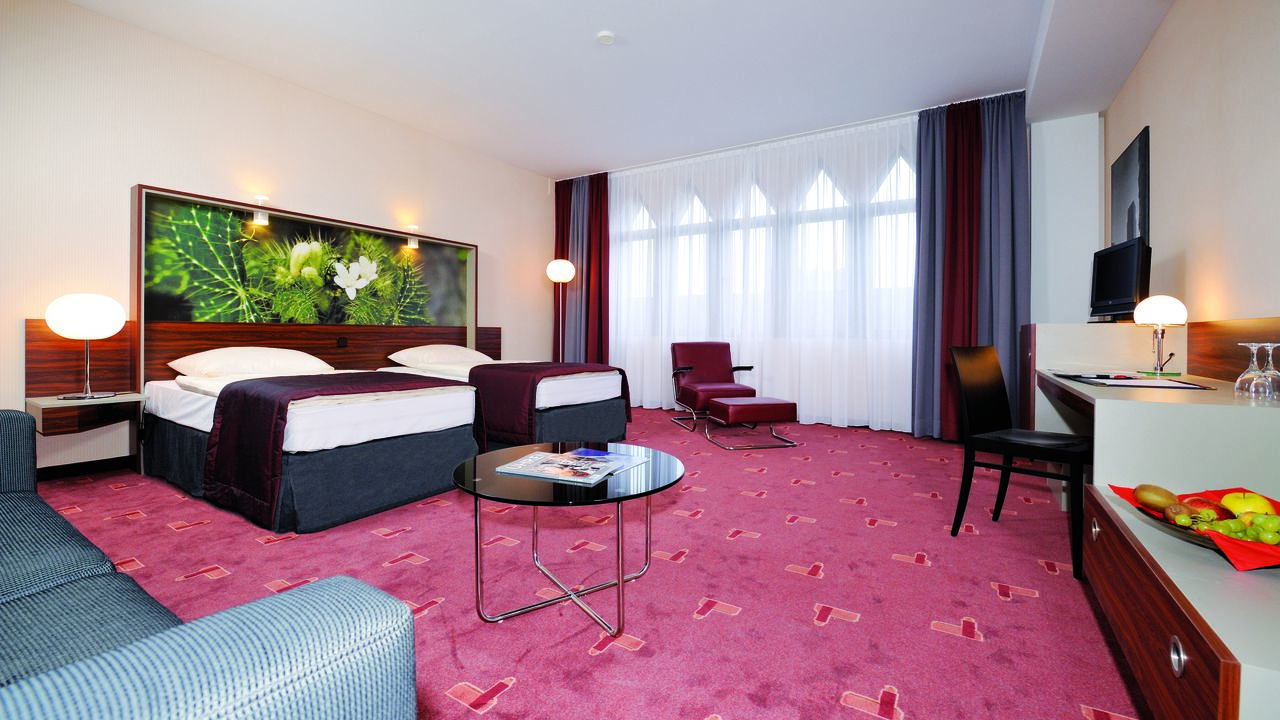 AZIMUT Hotel Cologne City Center (Köln) • HolidayCheck