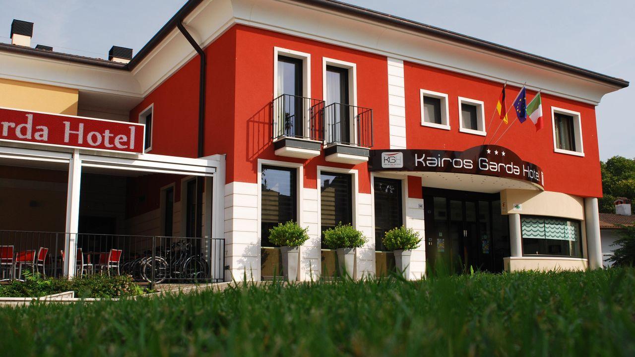 Kairos Garda Hotel Castelnuovo Del Garda Holidaycheck Venetien