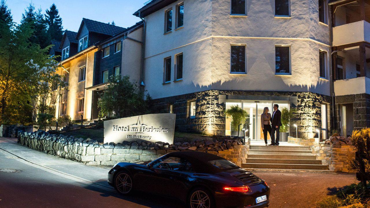 hotel am herkules kassel holidaycheck hessen deutschland. Black Bedroom Furniture Sets. Home Design Ideas