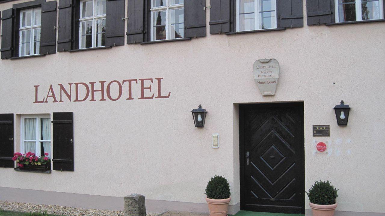 landhotel schloss buttenheim in buttenheim holidaycheck bayern deutschland. Black Bedroom Furniture Sets. Home Design Ideas