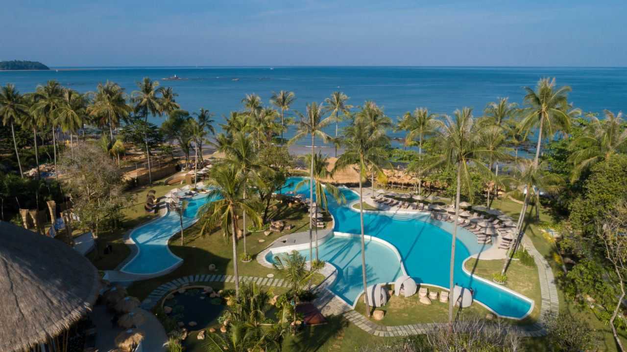 Eden Beach Resort & Spa