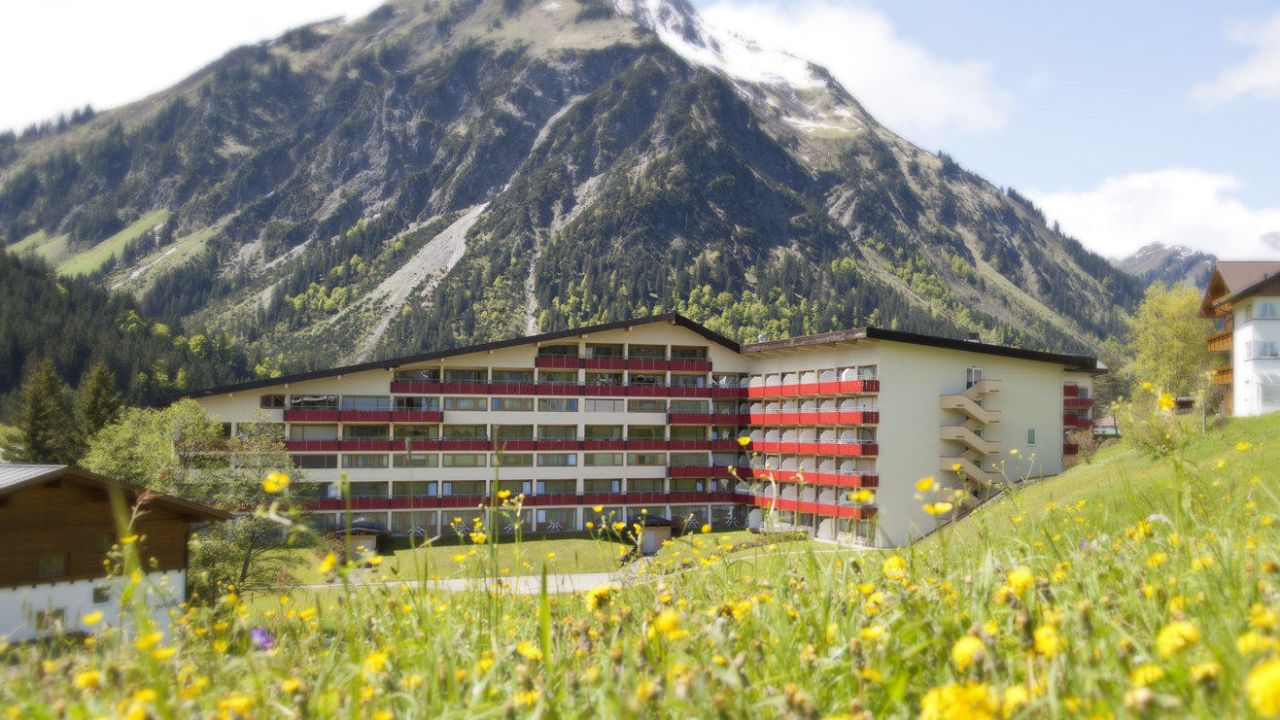 Singles holiday Offers and All-inclusive prices Oy-Mittelberg