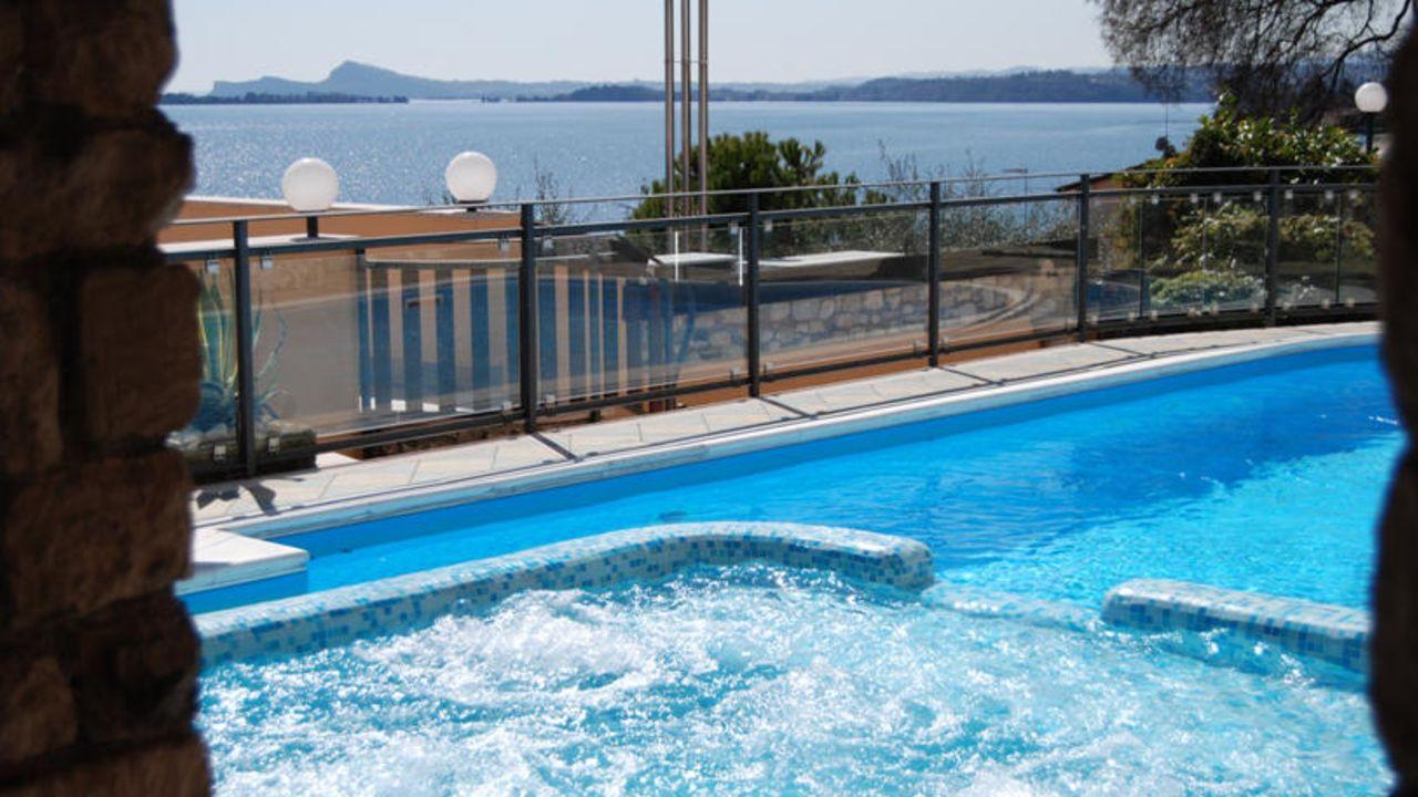 Garda Sol Apart-Hotel & Spa Toscolano-Maderno (Lago di Garda ...