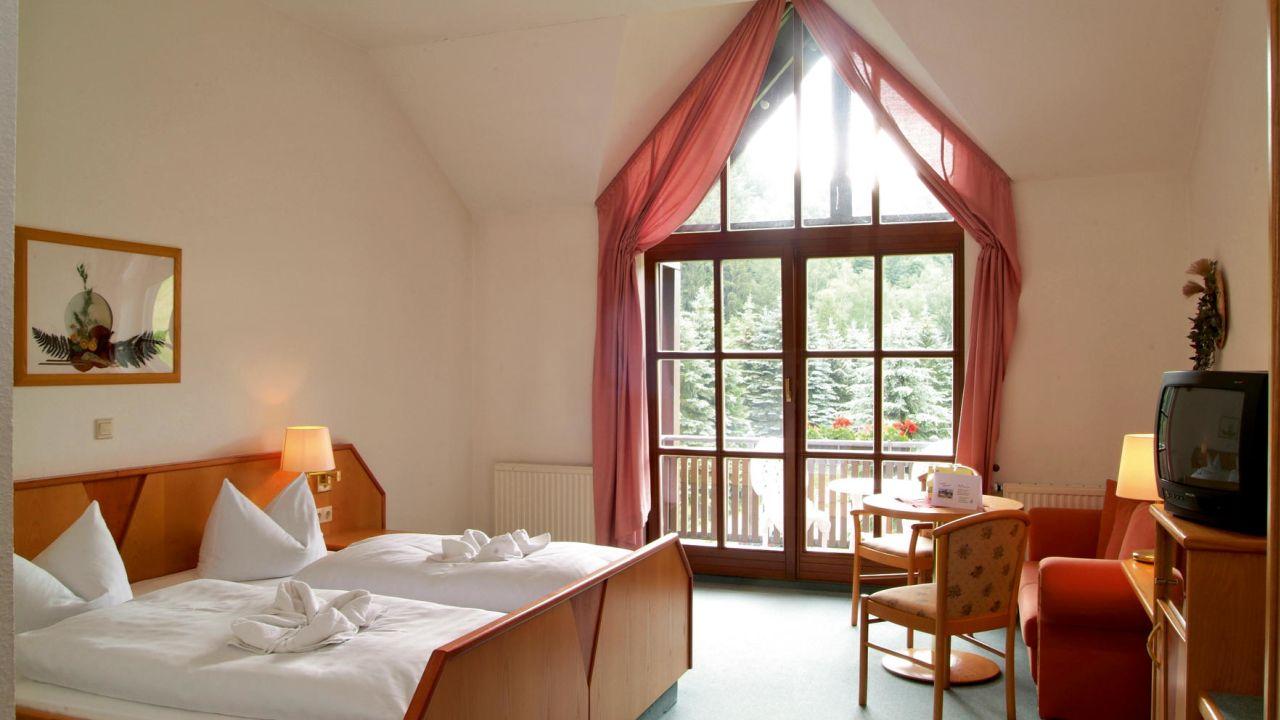 Hotel Schwarzbeerschaenke (Pobershau) • HolidayCheck (Sachsen ...