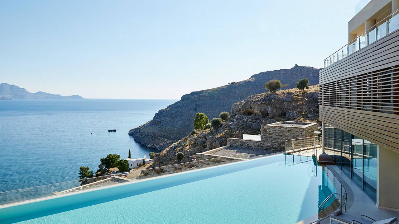 Hotel lindos blu adults only lindos holidaycheck for Top hotels griechenland