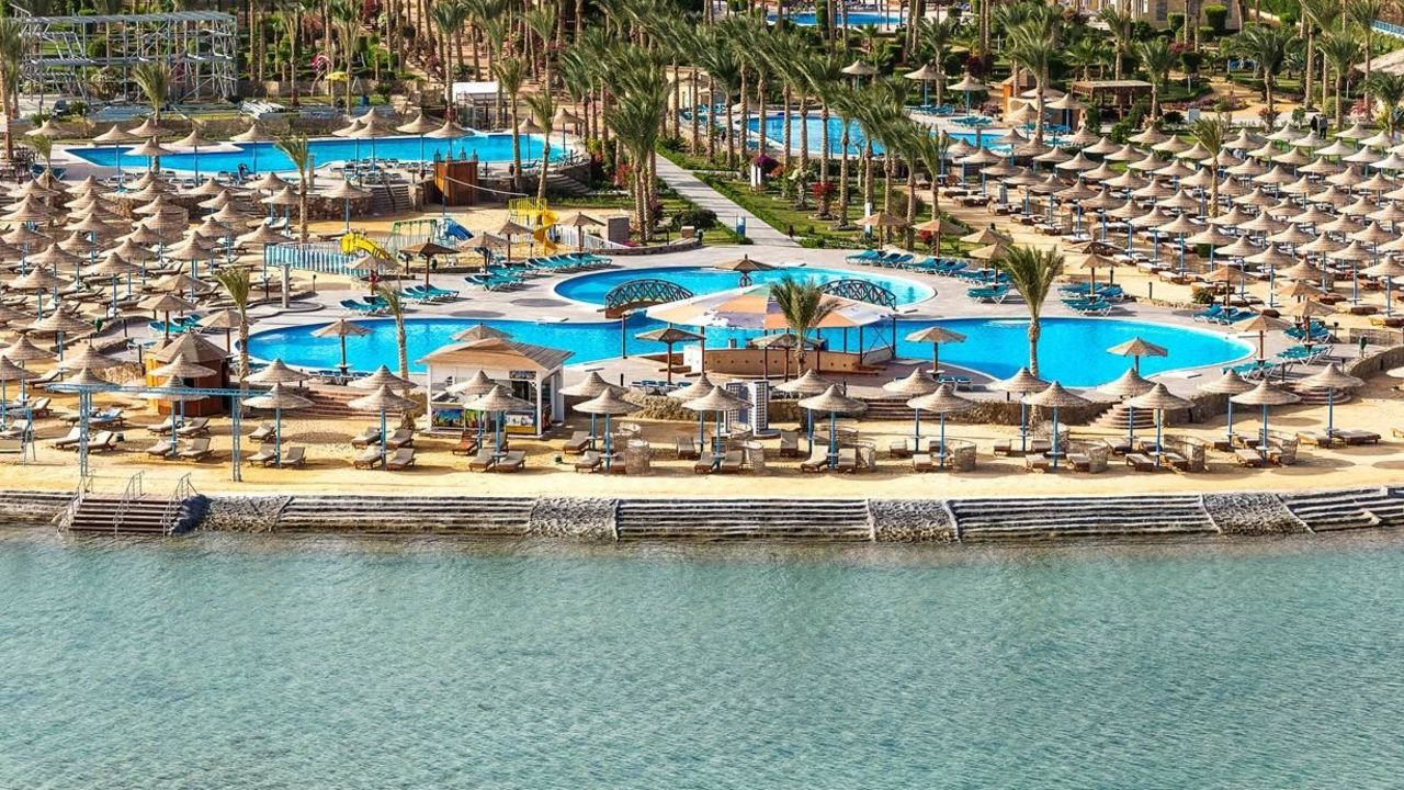 Hawaii le jardin aqua park resort in hurghada for Hawaii le jardin 5