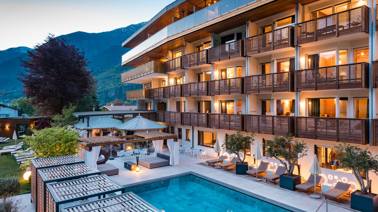 Hotel paradies laces latsch holidaycheck s dtirol for Design hotel 5 sterne