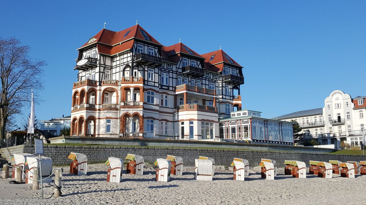 hotel schloss am meer k hlungsborn holidaycheck mecklenburg vorpommern deutschland. Black Bedroom Furniture Sets. Home Design Ideas