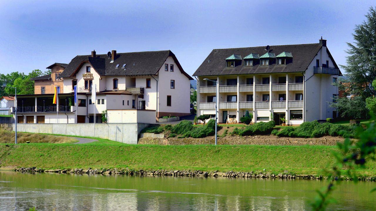 Hotel Straubs Schone Aussicht Klingenberg Am Main Holidaycheck