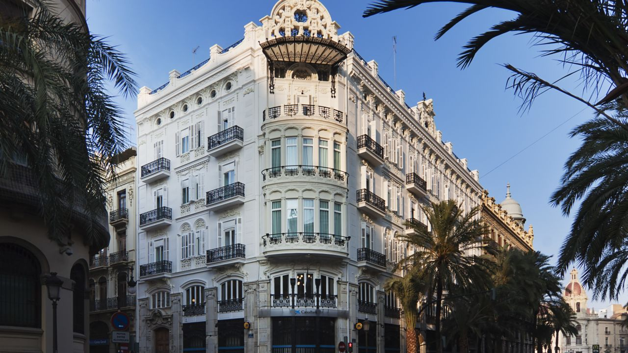 One Shot Palacio Reina Victoria 04 Valencia Holidaycheck