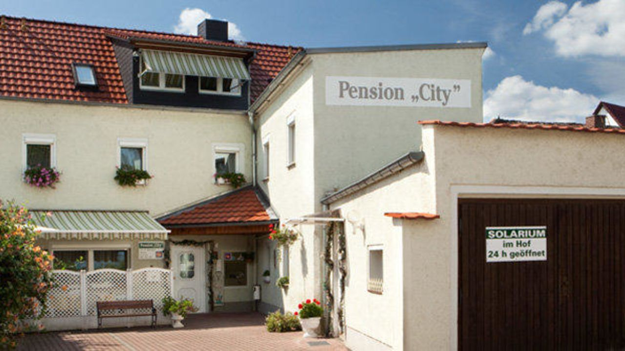 pension city oschatz holidaycheck sachsen deutschland. Black Bedroom Furniture Sets. Home Design Ideas