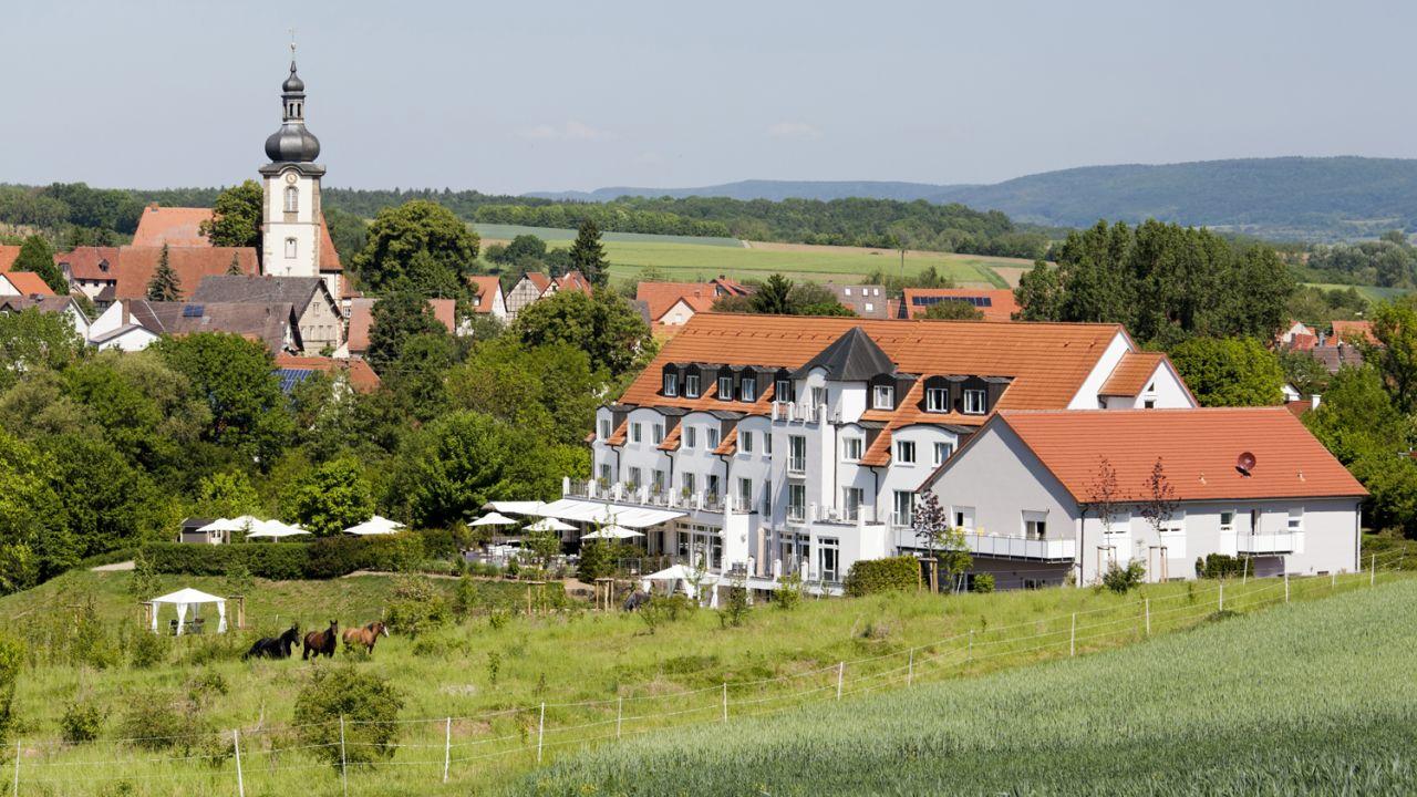 landhotel r gheim hofheim in unterfranken holidaycheck bayern deutschland. Black Bedroom Furniture Sets. Home Design Ideas
