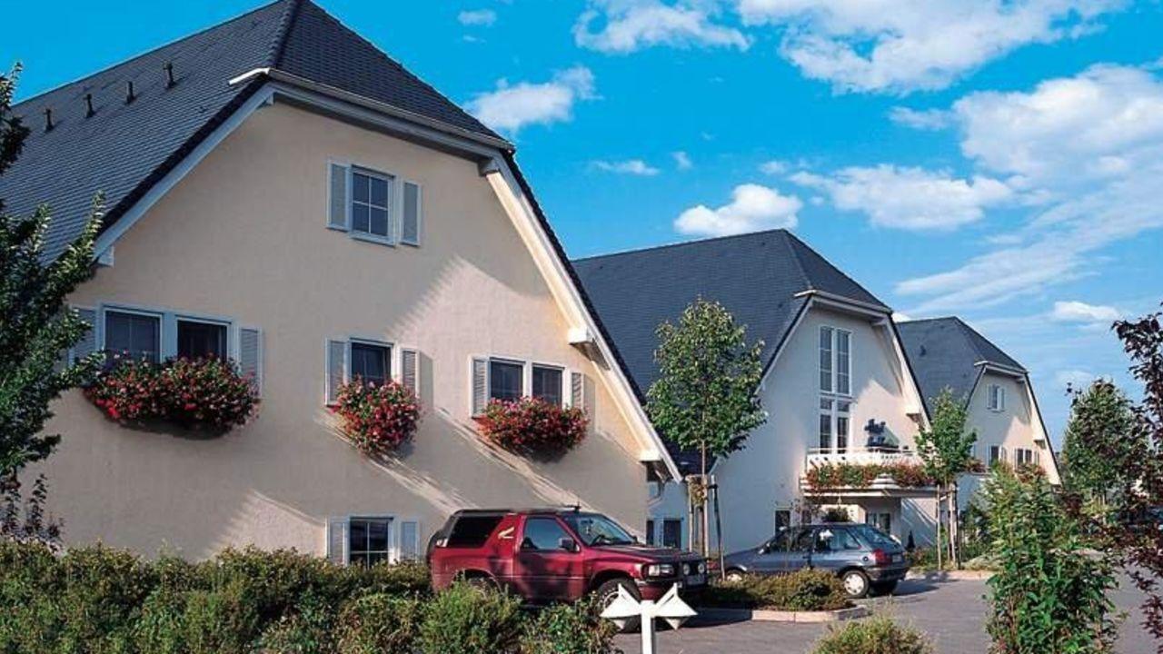 ringhotel landhaus nicolai lohmen holidaycheck sachsen deutschland. Black Bedroom Furniture Sets. Home Design Ideas