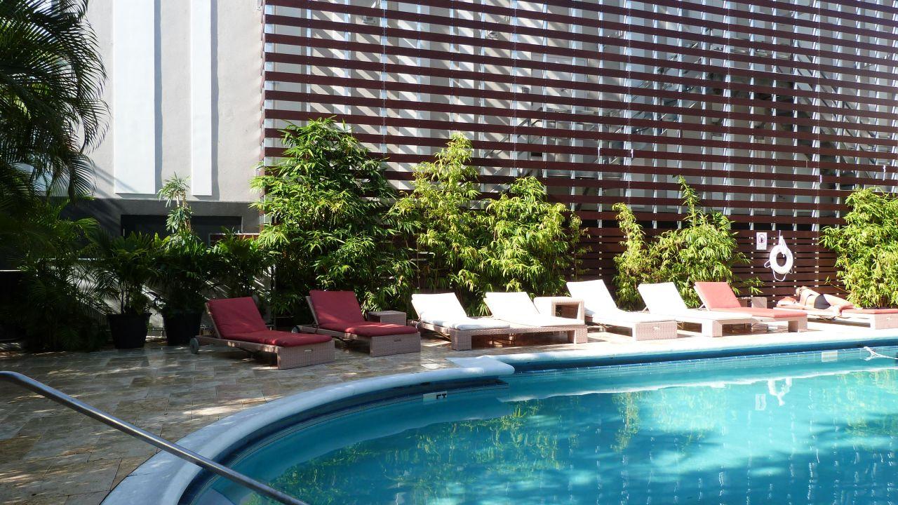 Dorchester Hotel Miami  Collins Avenue
