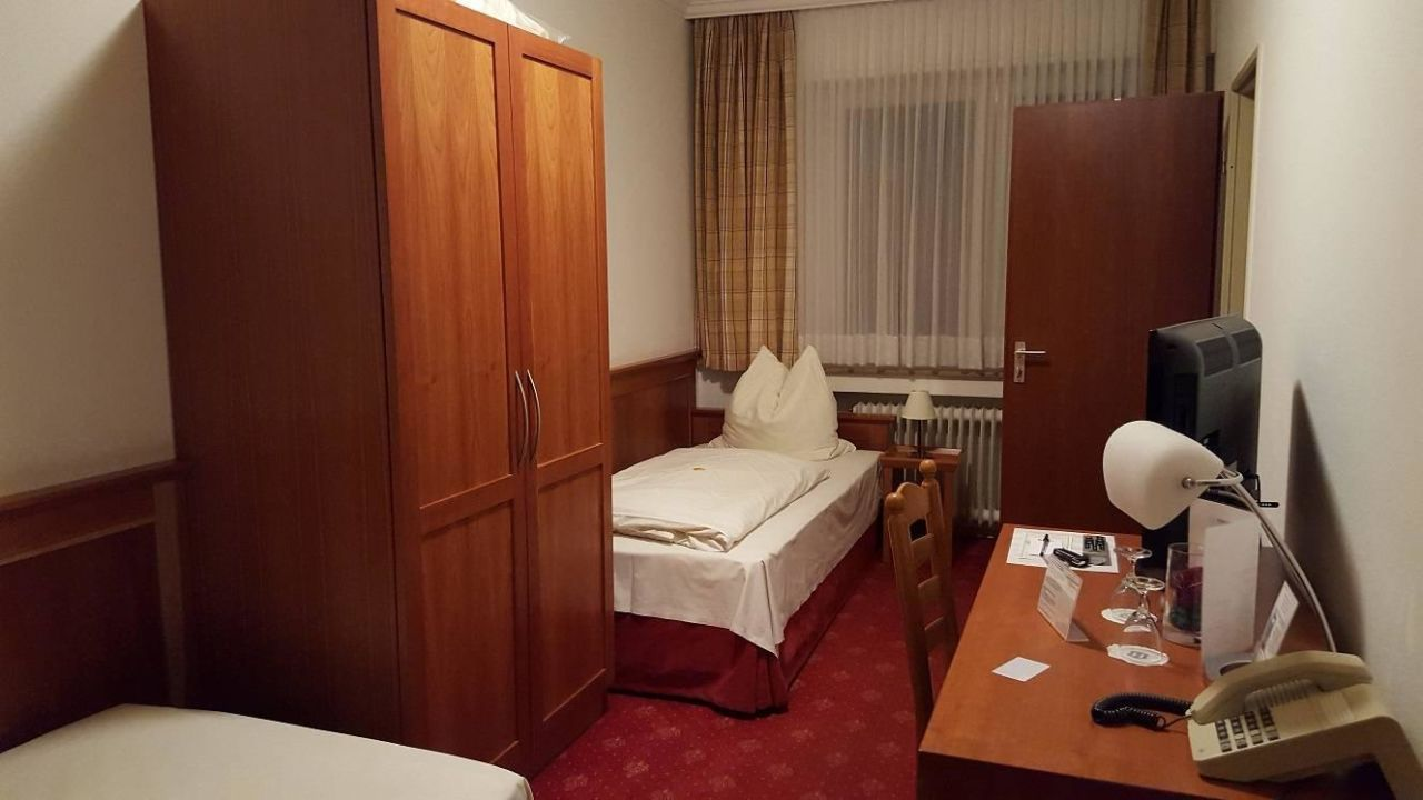 hotel mennicken w rselen holidaycheck nordrhein westfalen deutschland. Black Bedroom Furniture Sets. Home Design Ideas