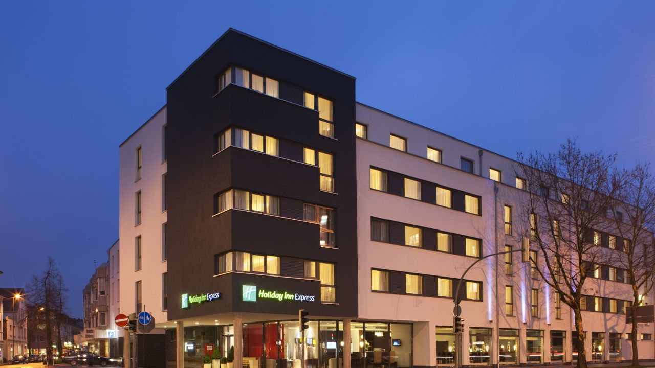 Hotel Holiday Inn Express Gütersloh (Gütersloh ) • HolidayCheck ...