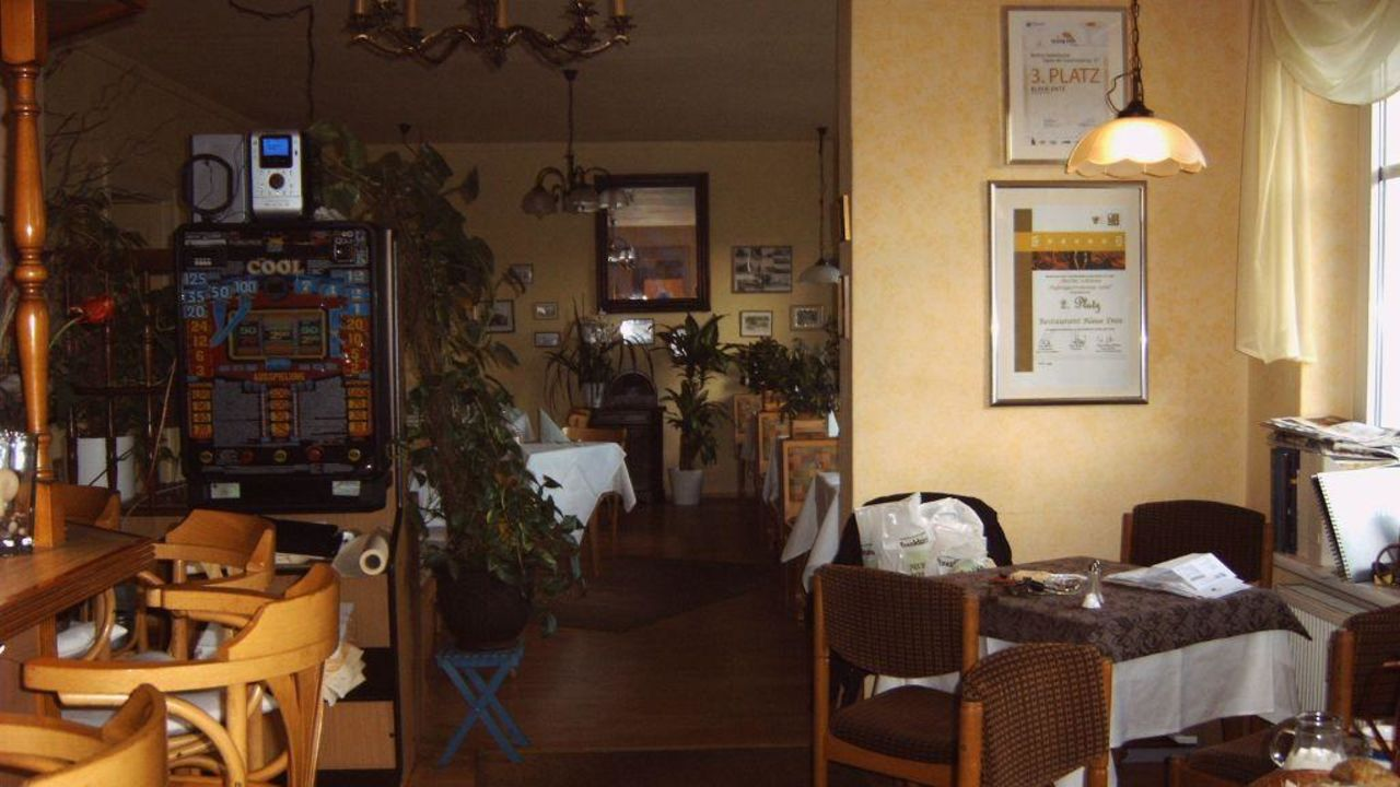 pension blaue ente in berlin prenzlauer berg pankow holidaycheck berlin deutschland. Black Bedroom Furniture Sets. Home Design Ideas