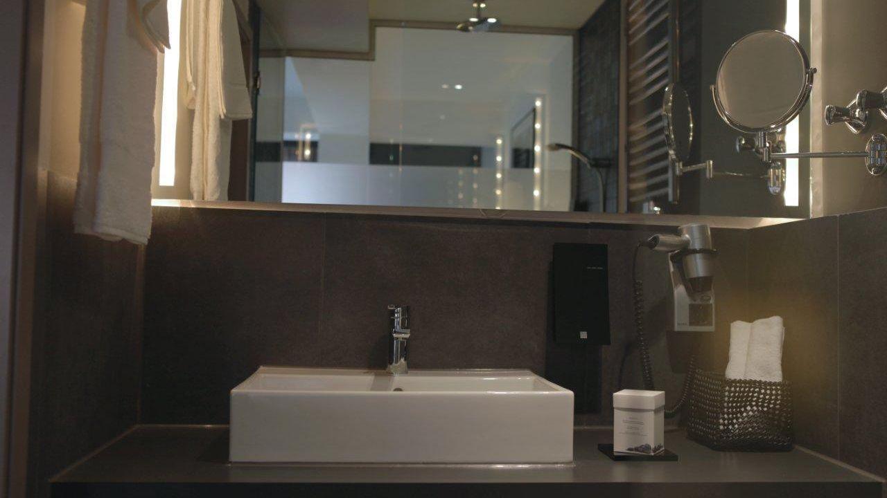 hotel bliss frankfurt am main holidaycheck hessen deutschland. Black Bedroom Furniture Sets. Home Design Ideas