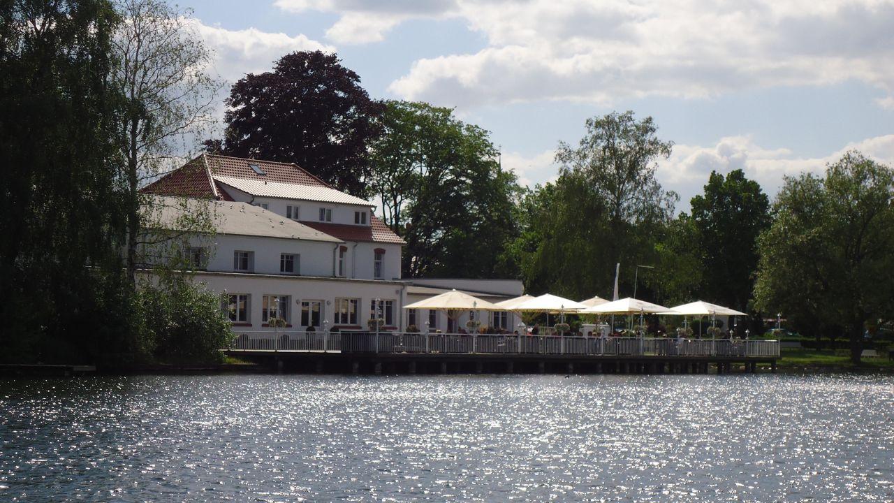 Seehotel Krakow Am See
