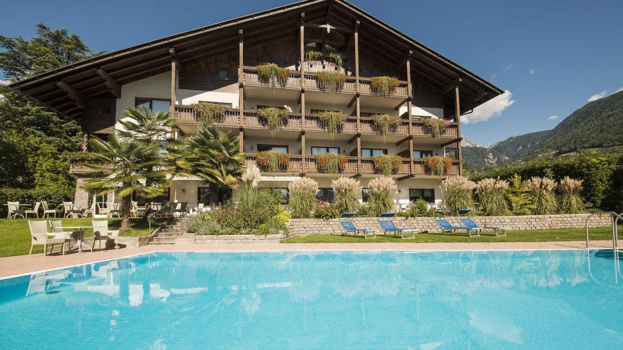 Hotel Salgart Merano Meran Holidaycheck Sudtirol Italien