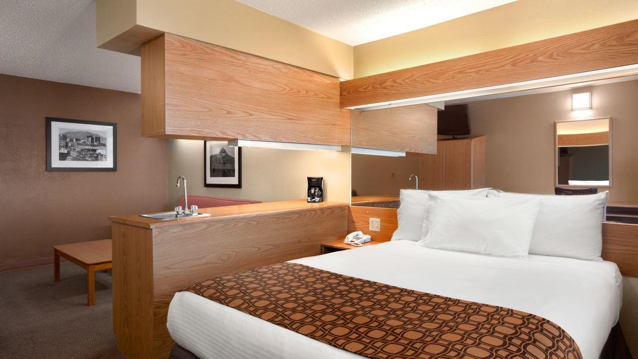 Microtel Inn & Suites by Wyndham El Paso Airport (El Paso ...