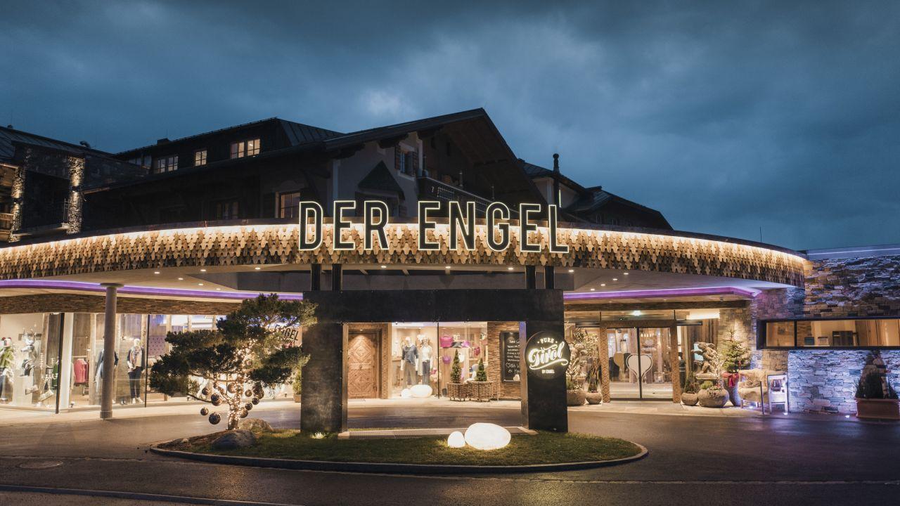 Wellnesshotel engel gr n holidaycheck tirol sterreich for Designhotel tannheimer tal
