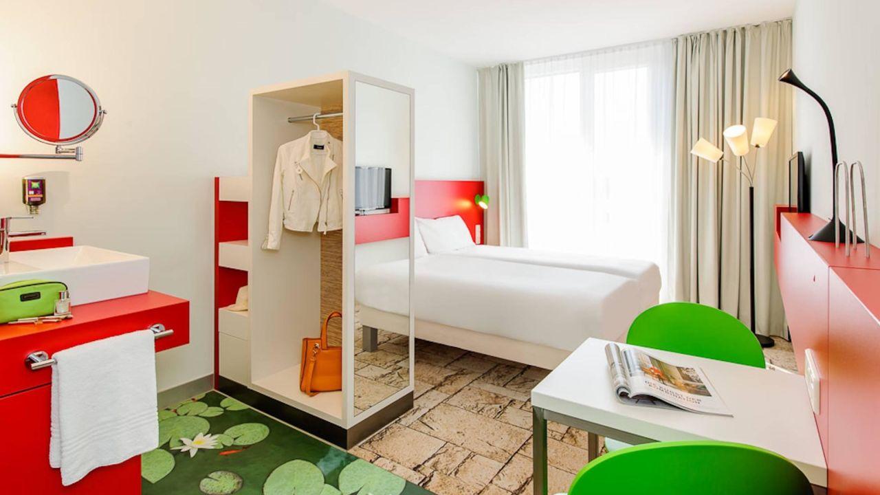 Hotel ibis styles karlsruhe ettlingen ettlingen for Designhotel q