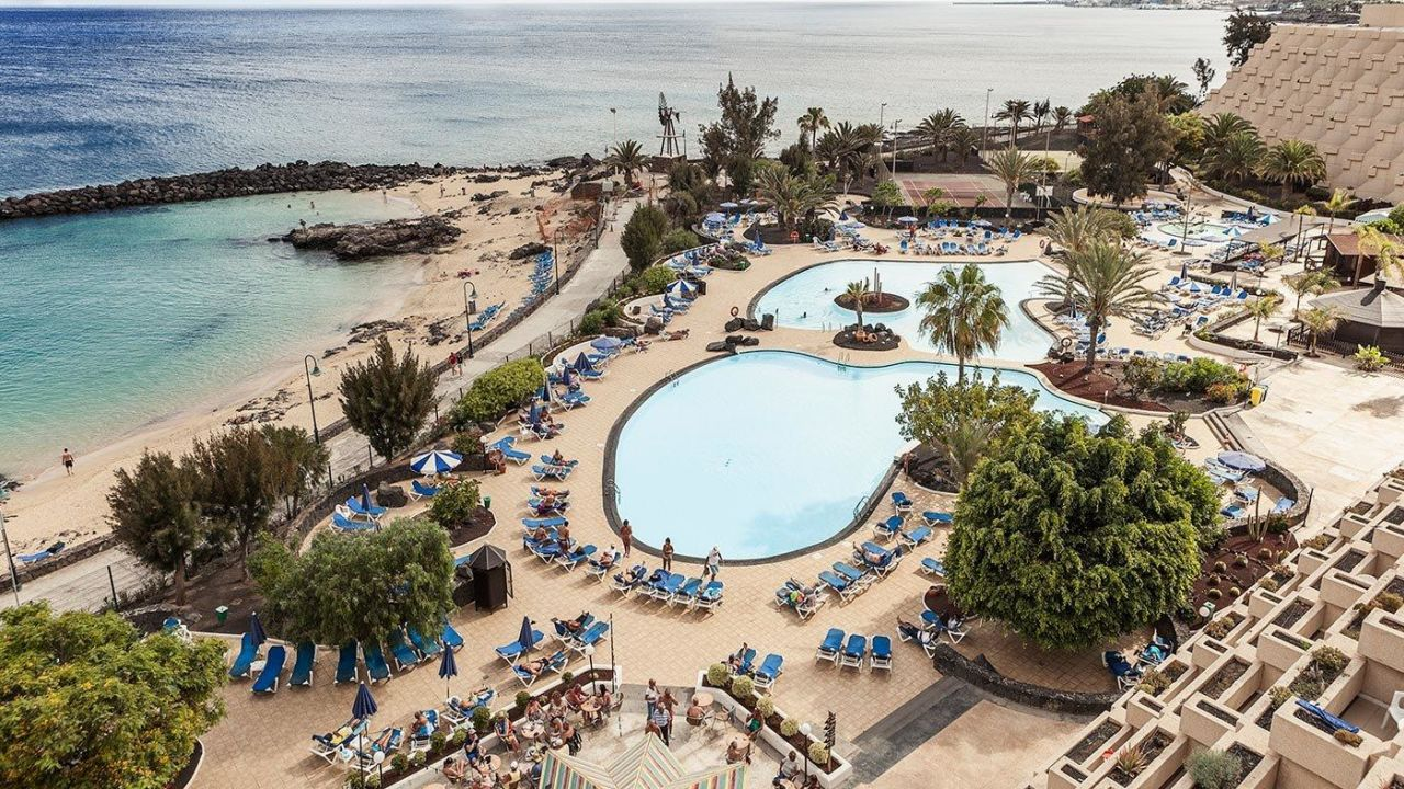 Hotel grand teguise playa costa teguise holidaycheck - Living in gran canaria ...