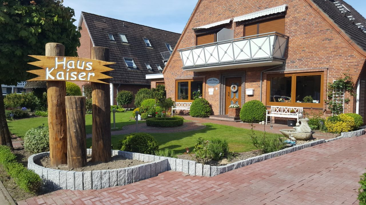 Pension Haus Kaiser (Büsum) • HolidayCheck (Schleswig-Holstein ...