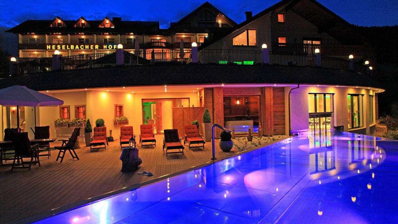 Wellness hotel heselbacher hof in baiersbronn for Wellnesshotel deutschland designhotels
