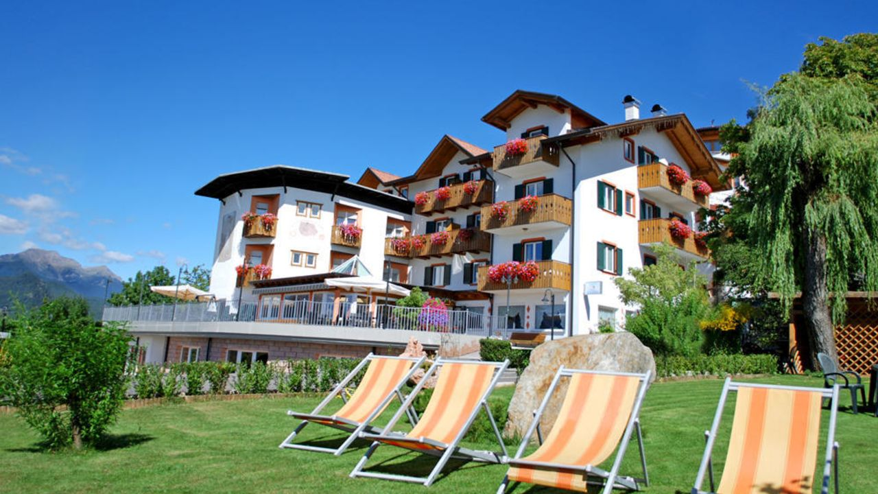 Wellness Hotel La Montanina (Malosco) • HolidayCheck (Trentino ...