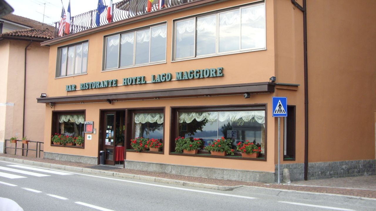 Karte Lago Maggiore Und Umgebung.Hotel Lago Maggiore Lesa Holidaycheck Piemont Italien