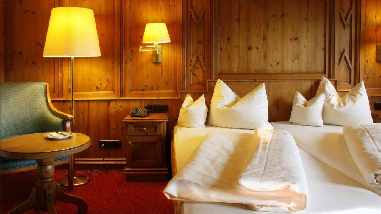 landhotel sonnenfeld bad wiessee holidaycheck bayern deutschland. Black Bedroom Furniture Sets. Home Design Ideas