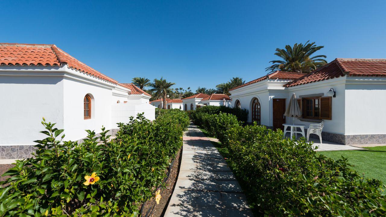 E suite hotel jardin dorado in maspalomas holidaycheck for Bungalows jardin dorado