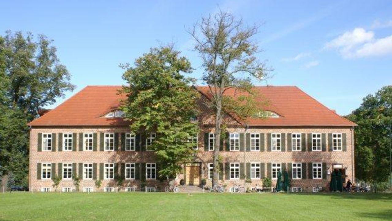 Romantik Hotel Gutshaus Ludorf (Ludorf) • HolidayCheck (Mecklenburg ...