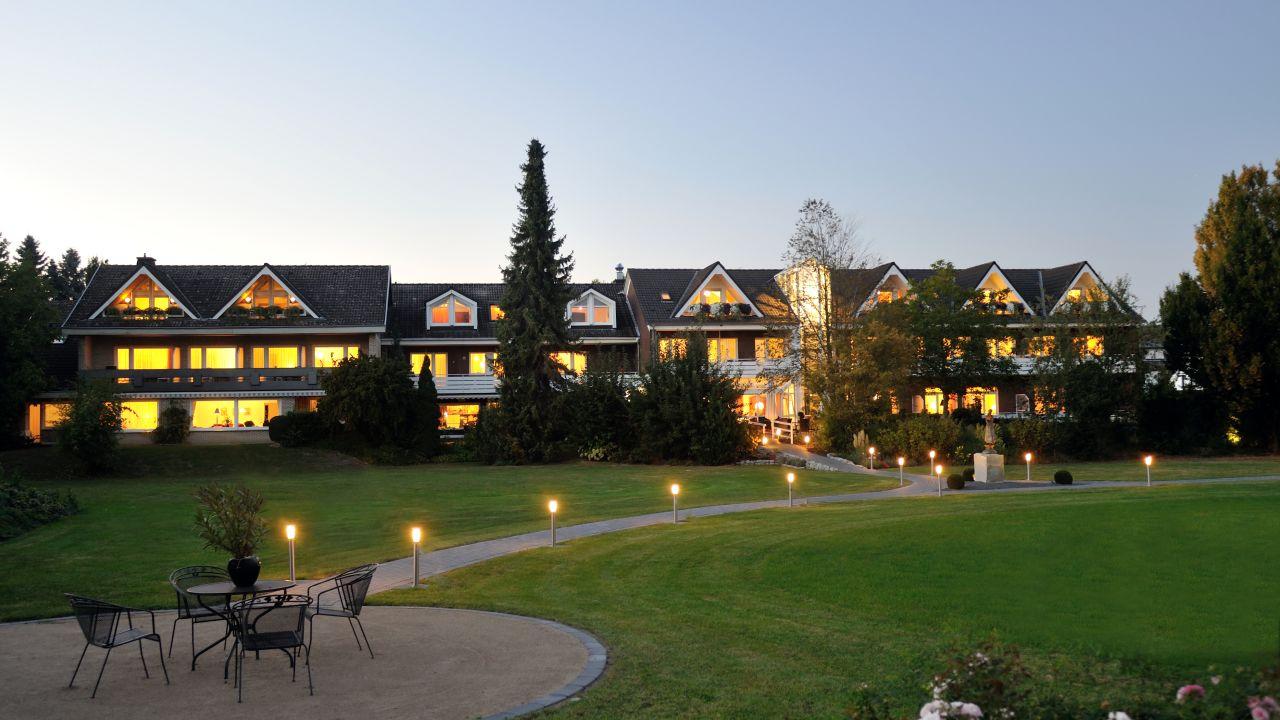kurhotel haus am park erwitte holidaycheck nordrhein westfalen deutschland. Black Bedroom Furniture Sets. Home Design Ideas