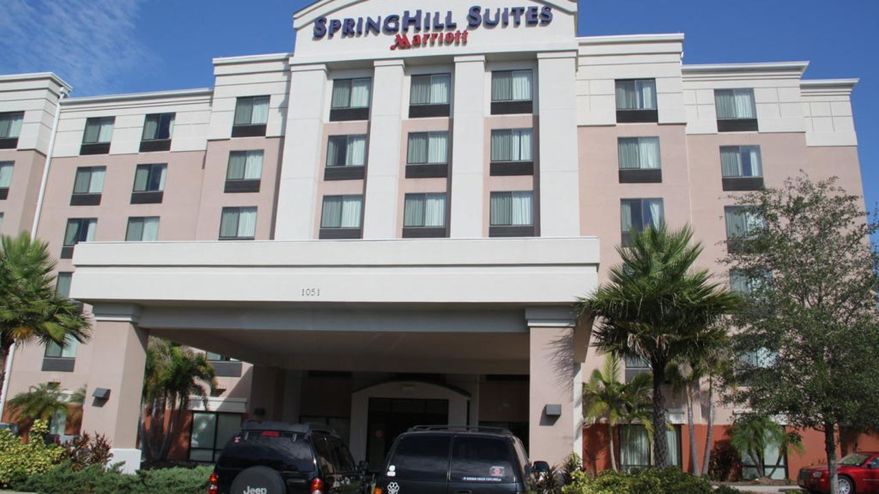 Hotel Springhill Suites By Marriott Tampa Brandon Brandon