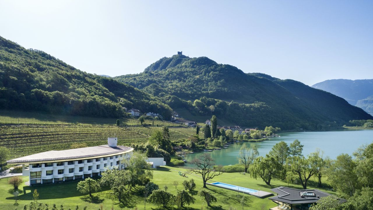 Seehotel ambach in kaltern holidaycheck s dtirol italien for Hotel kaltern