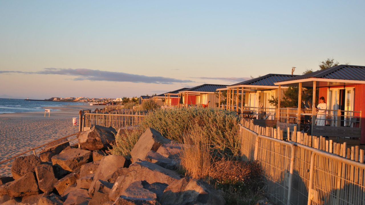 camping bungalows beach garden marseillan plage holidaycheck languedoc roussillon. Black Bedroom Furniture Sets. Home Design Ideas