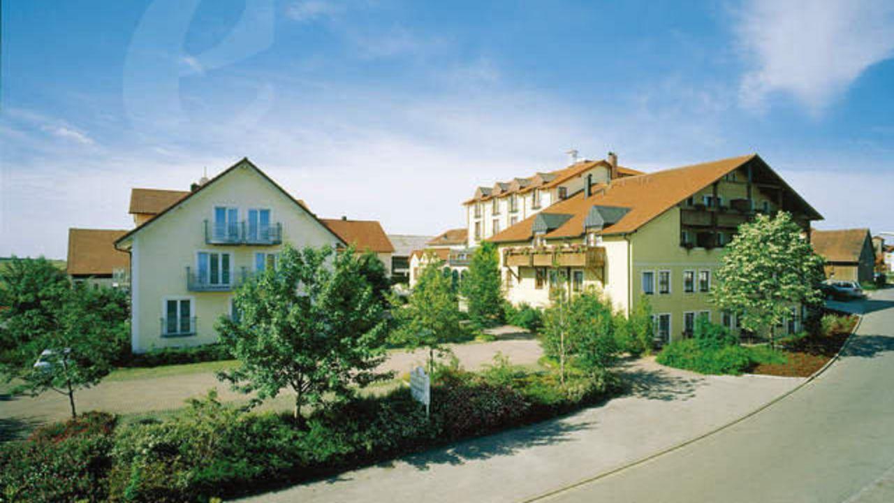 landhotel schneider in riedenburg holidaycheck bayern deutschland. Black Bedroom Furniture Sets. Home Design Ideas