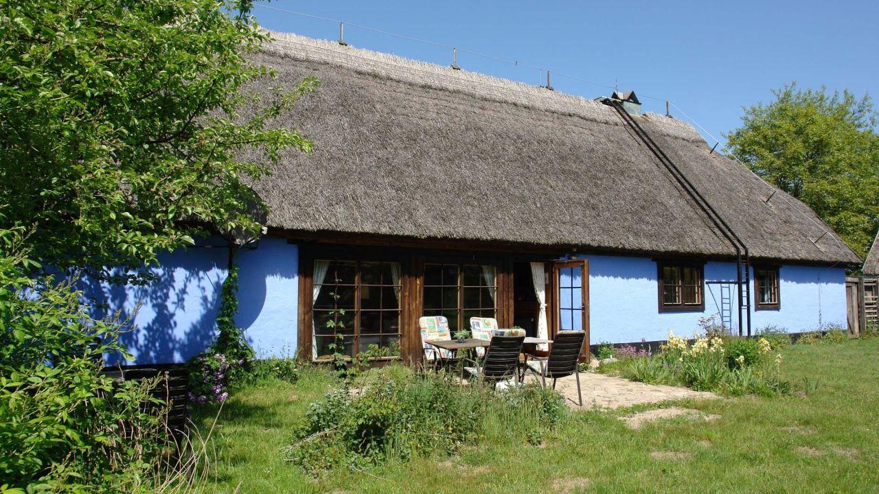 rujana ferienwohnungen blaues haus zirkow auf r gen holidaycheck mecklenburg vorpommern. Black Bedroom Furniture Sets. Home Design Ideas