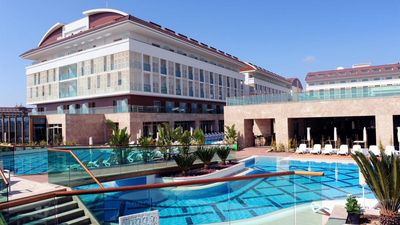 Verbena Beach Hotel