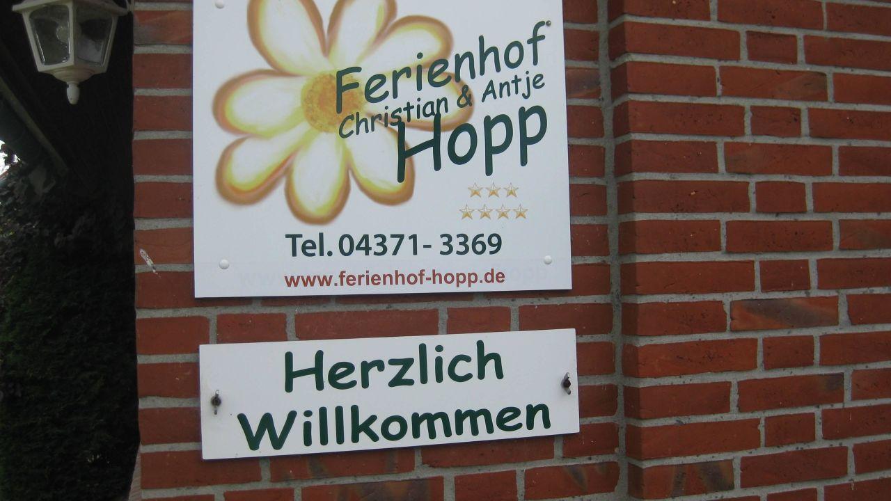 Ferienhof christian und antje hopp fehmarn for Christian hopp