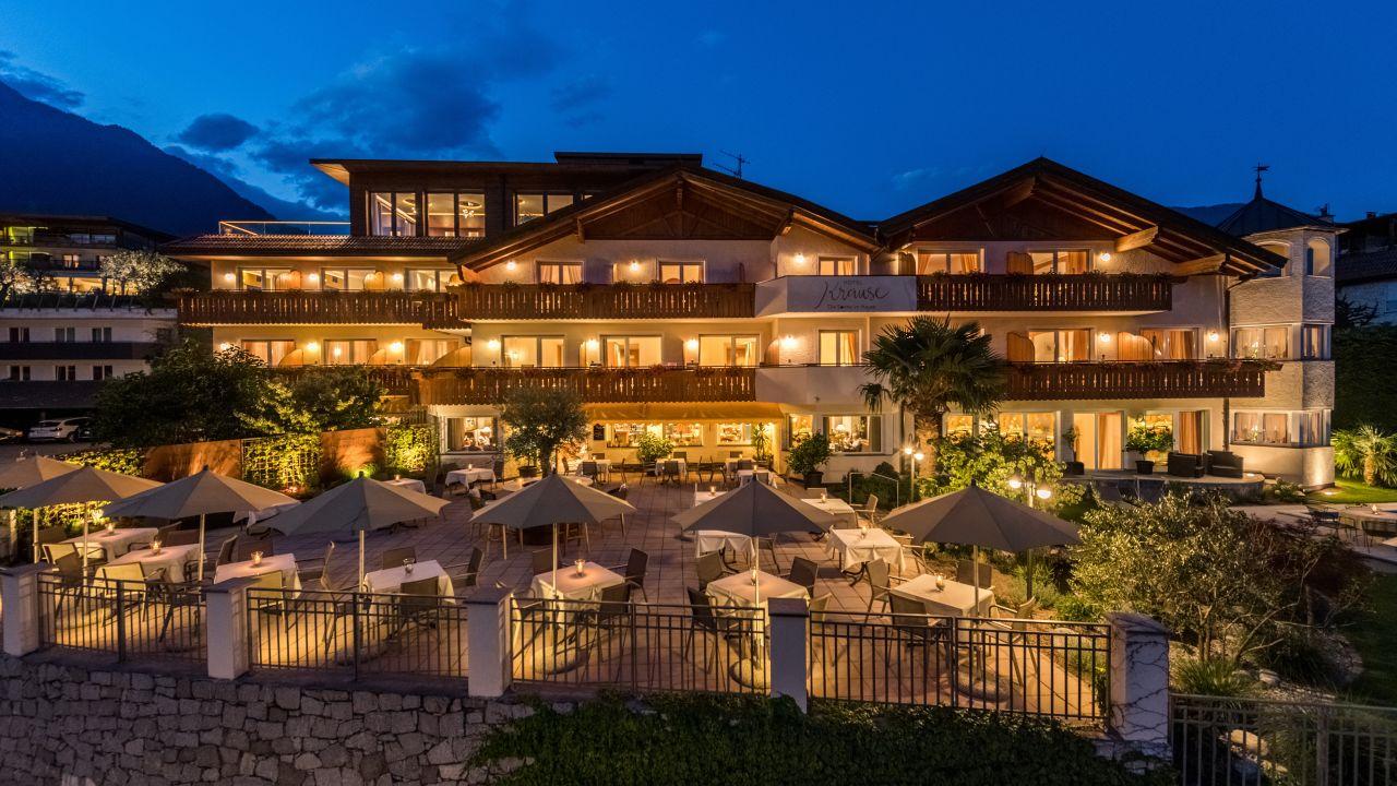 Hotel krause in tirolo dorf tirol holidaycheck for Design hotel dorf tirol