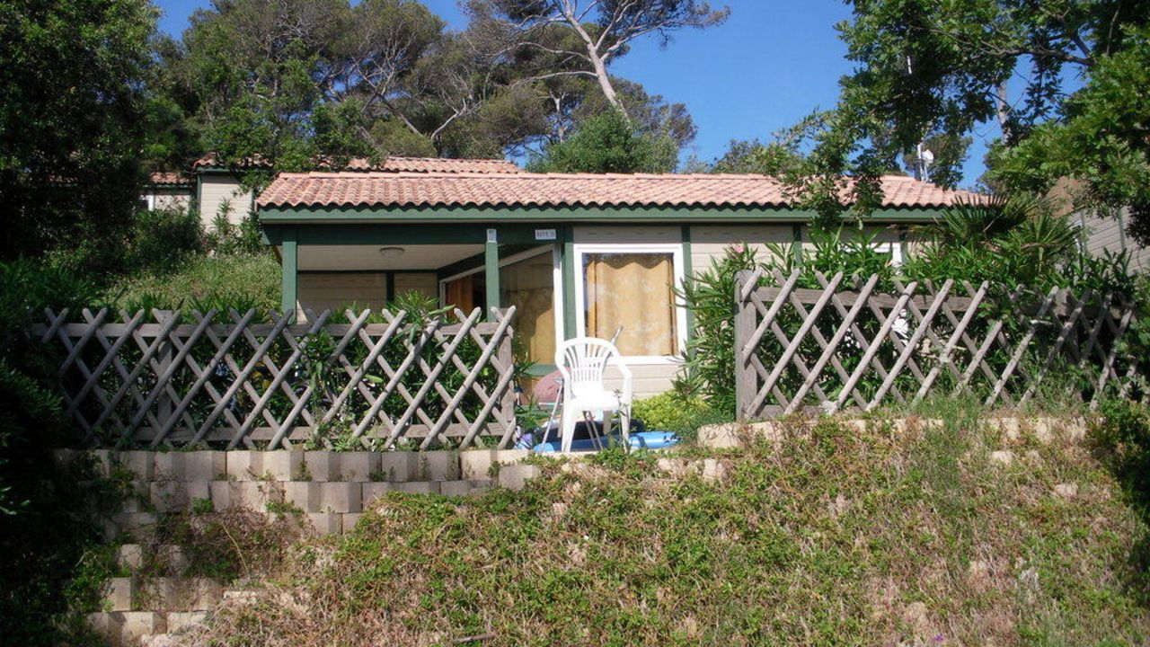 Camp du domaine in bormes les mimosas holidaycheck for Camping bormes les mimosas piscine